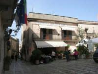 Piazza Umberto I - 1 maggio 2008   - Erice (793 clic)