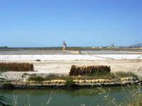Saline Infersa e mulini a vento nella Riserva delle Isole dello Stagnone di Marsala - 25 maggio 2008    - Marsala (890 clic)