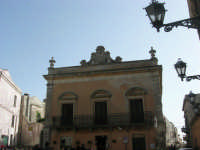 Piazza Umberto I - 1 maggio 2008   - Erice (800 clic)