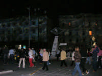 Ci si avvia ad uscire dall'America's Cup Park - 2 ottobre 2005  - Trapani (2230 clic)