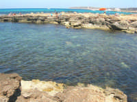 Golfo del Cofano - scogliera, mare stupendo - 30 agosto 2008  - San vito lo capo (450 clic)