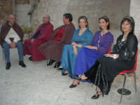 Festeggiamenti Maria SS. dei Miracoli - All'interno del Castello, aspettando che abbia inizio Il Corteo dei Conti di Modica - 20 giugno 2008  - Alcamo (588 clic)