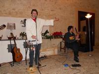 Concerto NAPOLINCANTO - Gianni Aversano (voce e chitarra), Ferdinando Piscopo (mandolino) - 10 dicembre 2009   - Alcamo (1552 clic)