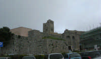 Porta Trapani e campanile - 1 maggio 2009   - Erice (2196 clic)