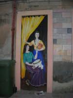 per le vie di Vita - murales - Mestieri e tradizioni della civiltà contadina: ragazze sull'uscio di casa in attesa di corteggiatori - 9 ottobre 2007   - Vita (4545 clic)