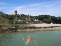 Baia di Guidaloca - fiume - Papirolandia e Torre di avvistamento - 21 febbraio 2009  - Castellammare del golfo (2774 clic)
