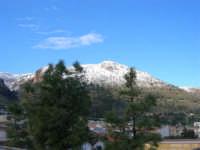Monte Inici innevato - 14 febbraio 2009   - Castellammare del golfo (1292 clic)