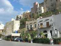 Via Don L. Zangara - locali e case sul porto - 29 novembre 2009   - Castellammare del golfo (1741 clic)