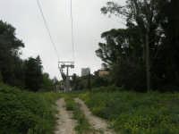 sul monte Erice - la funivia - 1 maggio 2009  - Erice (2074 clic)
