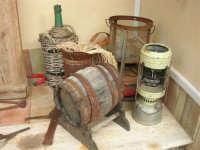 C/da Bosco Falconeria - Baglio Carta - in mostra oggetti che testimoniano le usanze del passato - 7 dicembre 2008  - Balestrate (1361 clic)