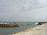 sul molo - 1 marzo 2009  - Marinella di selinunte (1852 clic)