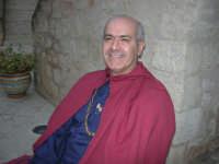 Festeggiamenti Maria SS. dei Miracoli - All'interno del Castello, aspettando che abbia inizio Il Corteo dei Conti di Modica - 20 giugno 2008  - Alcamo (637 clic)