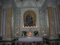 Santuario della Madonna dei Miracoli: l'immagine della Madonna - 6 settembre 2008   - Alcamo (1230 clic)