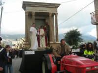 Processione della Via Crucis con gruppi statuari viventi - 5 aprile 2009   - Buseto palizzolo (1736 clic)