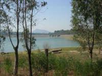 LAGO POMA - lago artificiale nei pressi di Partinico - Diga Jato - 5 ottobre 2007   - Partinico (1551 clic)