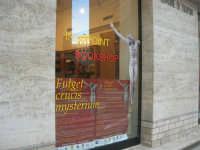 Fulget crucis mysterium - Il genio immortale e la devozione popolare - Il Crocifisso ritrovato - vetrina - 13 marzo 2009   - Trapani (2342 clic)