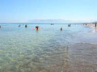 mare calmo e trasparente - 13 agosto 2008  - Alcamo marina (703 clic)