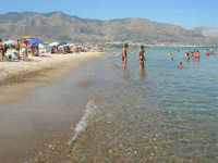 mare calmo e trasparente - 13 agosto 2008  - Alcamo marina (834 clic)