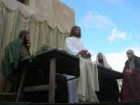 Processione della Via Crucis con gruppi statuari viventi - 5 aprile 2009   - Buseto palizzolo (1761 clic)