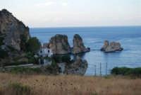 Faraglioni - 19 settembre 2007  - Scopello (833 clic)