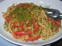busiate pistacchi di Bronte e gamberi - 18 agosto 2009  - Castellammare del golfo (4131 clic)