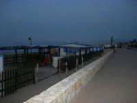 Spiaggia Plaja: lungomare e Lido Zanzibar - 3 ottobre 2007  - Castellammare del golfo (7721 clic)
