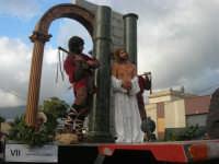 Processione della Via Crucis con gruppi statuari viventi - 5 aprile 2009   - Buseto palizzolo (2187 clic)