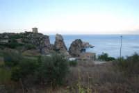 Torri di avvistamento e Faraglioni - 19 settembre 2007  - Scopello (892 clic)