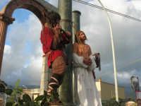 Processione della Via Crucis con gruppi statuari viventi - 5 aprile 2009   - Buseto palizzolo (1654 clic)