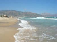 mare mosso - 5 luglio 2008   - Alcamo marina (716 clic)