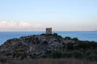 Torre di avvistamento - 19 settembre 2007  - Scopello (839 clic)
