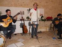 Concerto NAPOLINCANTO - Domenico De Luca (chitarra solista e percussione), Gianni Aversano (voce e chitarra), Ferdinando Piscopo (mandolino) - 10 dicembre 2009   - Alcamo (1665 clic)