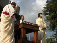 Processione della Via Crucis con gruppi statuari viventi - 5 aprile 2009   - Buseto palizzolo (1638 clic)