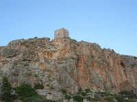 Macari - Torre di avvistamento sul promontorio - 21 settembre 2008   - San vito lo capo (643 clic)