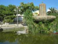 fontana - particolare - 4 ottobre 2009   - Partanna (2592 clic)