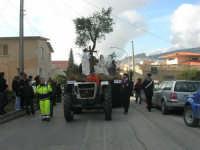 Processione della Via Crucis con gruppi statuari viventi - 5 aprile 2009   - Buseto palizzolo (1583 clic)