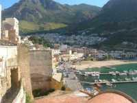 vista sul porto e città - 13 giugno 2009   - Castellammare del golfo (994 clic)