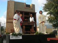 Processione della Via Crucis con gruppi statuari viventi - 5 aprile 2009   - Buseto palizzolo (2009 clic)