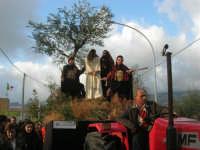 Processione della Via Crucis con gruppi statuari viventi - 5 aprile 2009   - Buseto palizzolo (1658 clic)