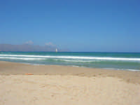 mare mosso - 5 luglio 2008   - Alcamo marina (684 clic)