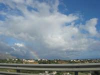 accenni di arcobaleno sul golfo di Castellammare - 14 maggio 2008  - Alcamo (734 clic)