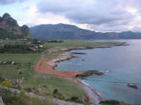 Macari - Golfo del Cofano - 19 aprile 2009  - San vito lo capo (1691 clic)
