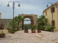 Baglio Rakali - C/da Billiemi - S.P. 2 (Partinico - S. Giuseppe Jato) Km. 3 - 1 giugno 2008  - Monreale (6449 clic)