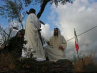Processione della Via Crucis con gruppi statuari viventi - 5 aprile 2009   - Buseto palizzolo (1623 clic)