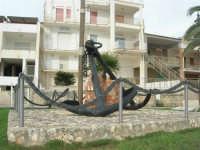 Monumento dedicato: Ai Marinai dell'ANGELIKA e a tutti i caduti del mare - Ribera 18 - 21 Aprile 1996 - 9 novembre 2008   - Ribera (1668 clic)