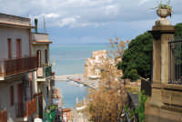 vista sul porto - il Castello a Mare - 14 febbraio 2009  - Castellammare del golfo (1888 clic)