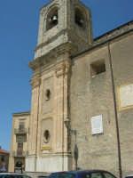 campanile della Chiesa Maria SS. Assunta  - 23 aprile 2006   - Palazzo adriano (1285 clic)