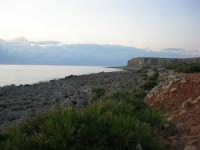 Macari - la costa est del Golfo del Cofano - 21 settembre 2008   - San vito lo capo (609 clic)