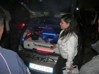 Piazzetta Vespri - raduno di auto . . . particolari - 3 maggio 2009   - Alcamo (3337 clic)