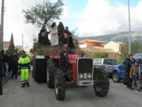 Processione della Via Crucis con gruppi statuari viventi - 5 aprile 2009   - Buseto palizzolo (1602 clic)
